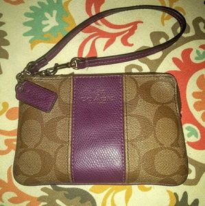 Small Coach Leather Wristlet